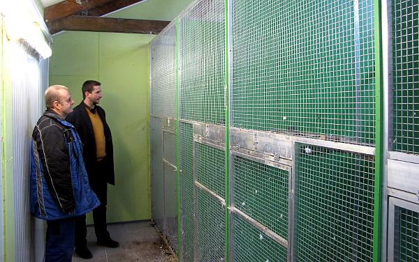 Chovatelské zařízení, v němž zahnízdili arové hyacintoví Jaroslava a Lucie Jelínkových (Foto: Jan Potůček, Ararauna.cz)