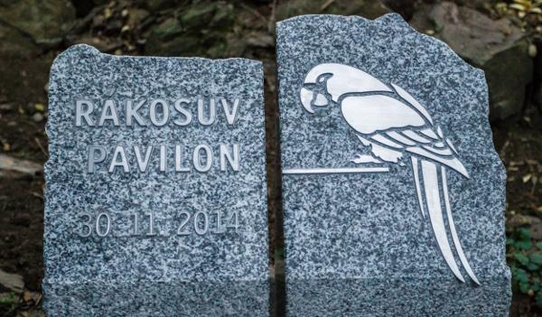 Základní kámen Rákosova pavilonu odhalila pražská zoo v neděli 30. listopadu 2014 (Foto: Petr Hamerník, Zoo Praha)