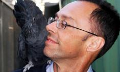 Tony Silva: Líbí se mi, že čeští chovatelé jdou těžší cestou přirozených odchovů papoušků