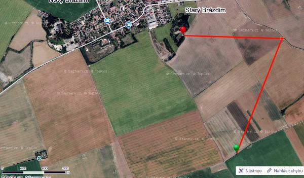 Směr, kudy odletěl samec ary arakangy Diego (Mapa: Seznam.cz, Václav Froněk)