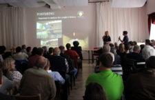 Kurátorka Loro Parque Márcia Weinzettl v Česku: v Kozovazech přednášela o arech kobaltových