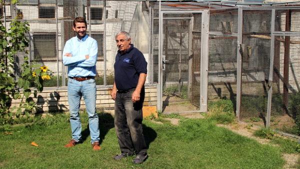 Na návštěvě u Víta Kučerňáka, chovatele vzácných papoušků, veterináře a pořadatele výstav v Hrotovicích