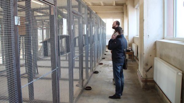 Na návštěvě zázemí chovu papoušků a dalších exotických ptáků v Zoo Dvůr Králové nad Labem