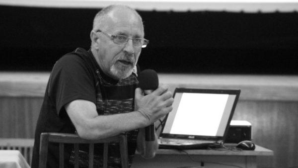 Zemřel Milan Vávra, neúnavný obhájce práv chovatelů papoušků na Slovensku