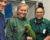 Uprchlý ara vojenský uletěl ze zoo přes 60 kilometrů, než přistál vyčerpaný na rameni cizího člověka